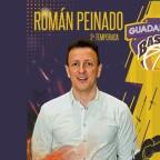Román Peinado continuará un año más al frente del equipo de Liga EBA